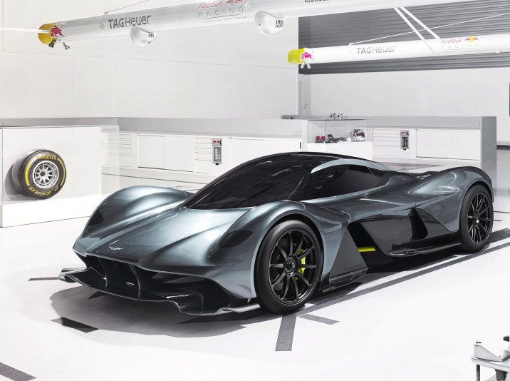 /data/MediaLibrary/articles/11177/aston-martin-rb-0011.jpg