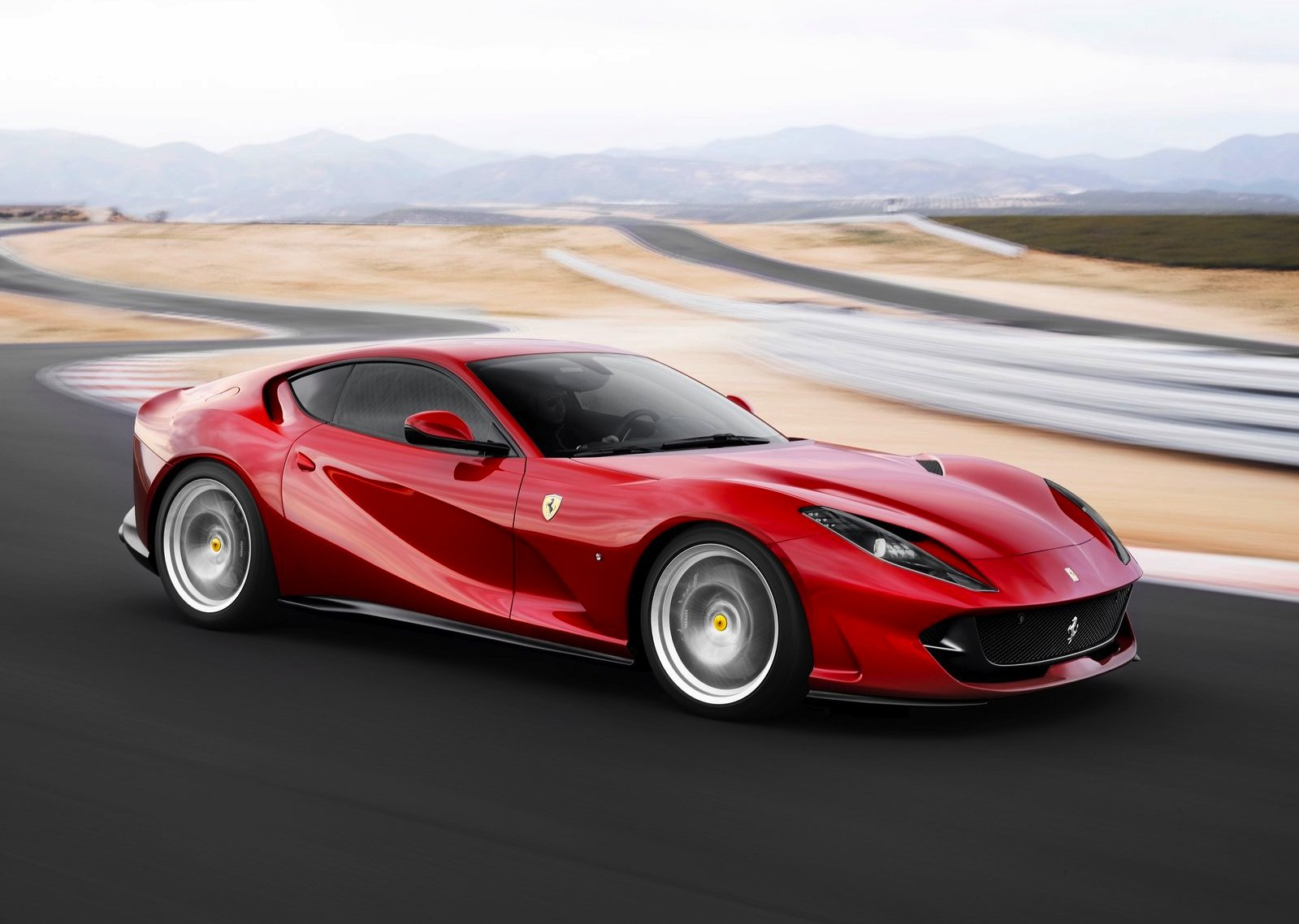 /data/MediaLibrary/articles/11177/ferrari-812-superfast.jpg