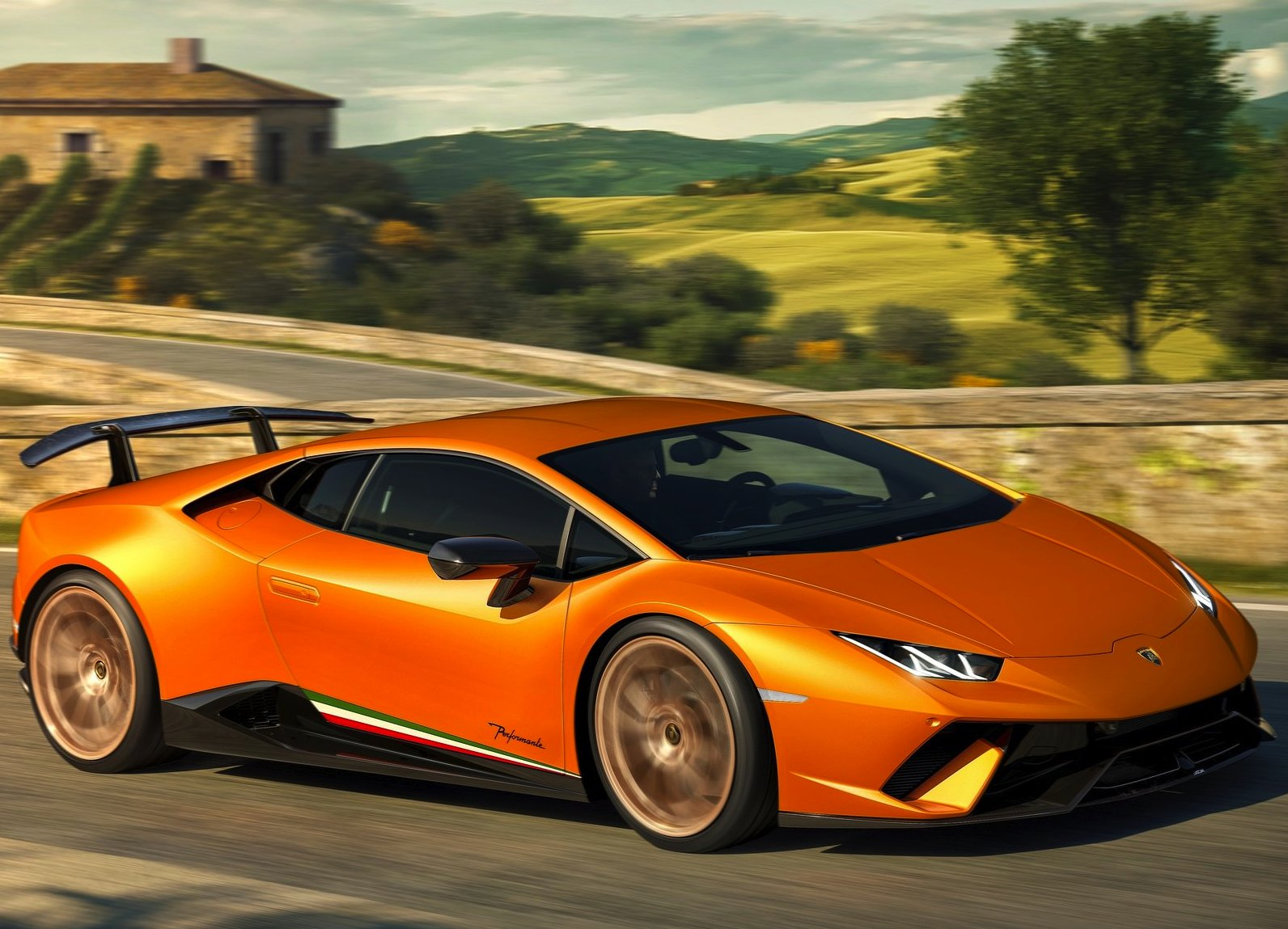 /data/MediaLibrary/articles/11177/lamborghini-huracan-performante.jpg