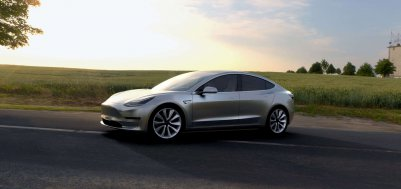 /data/MediaLibrary/articles/9424/tesla-3-2.jpg