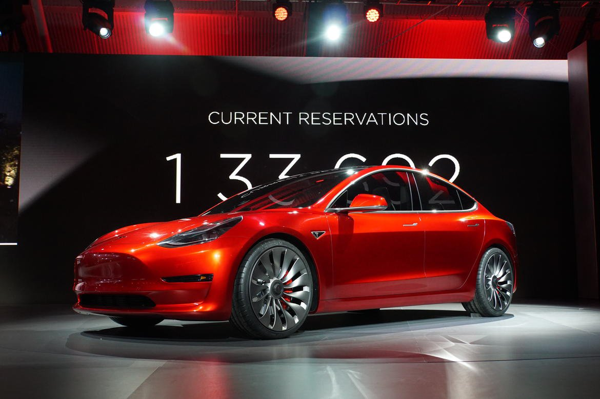 /data/MediaLibrary/articles/9424/tesla-model-3-4.jpg