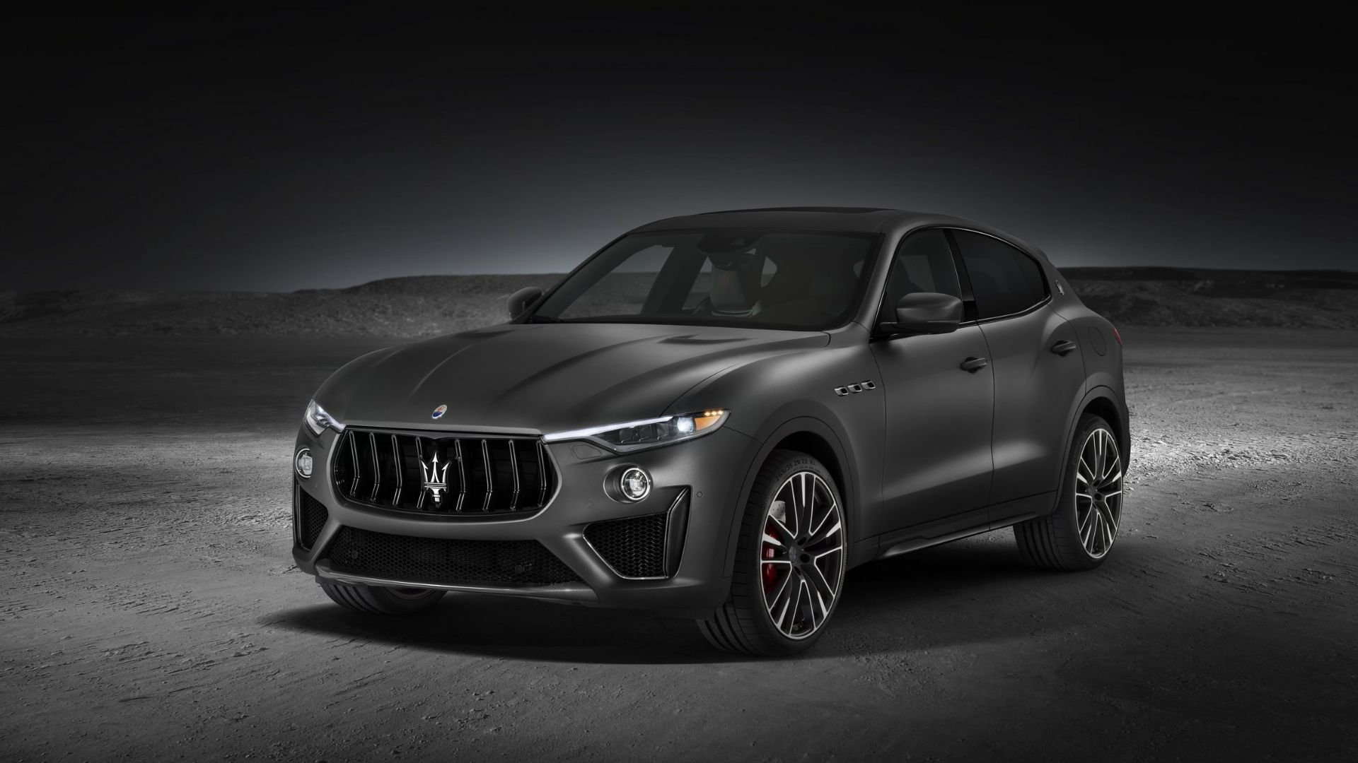 /data/MediaLibrary/articles/13276/maserati-levante-trofeo-v8-front-1.jpg
